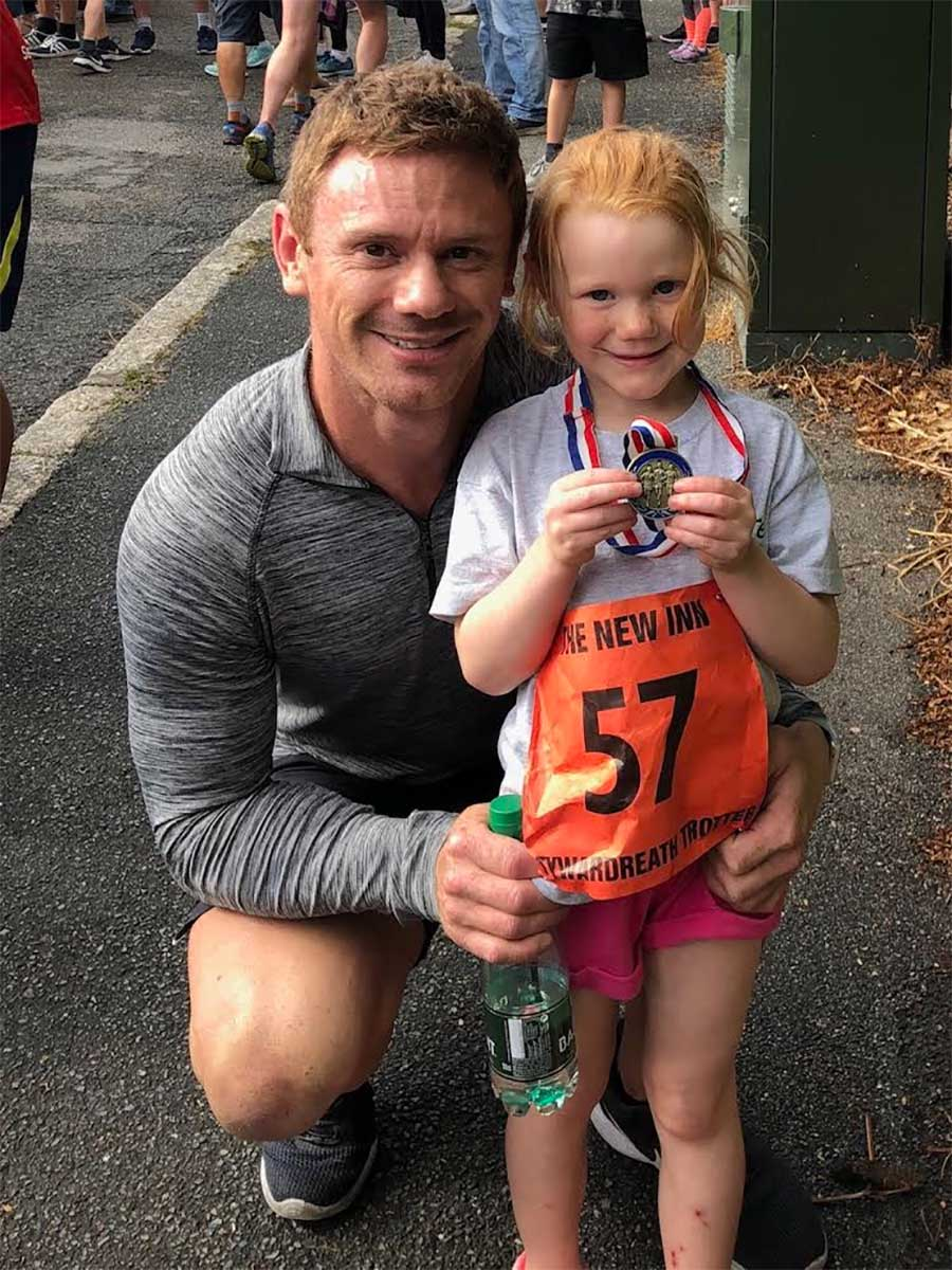 Chris-lifestyle-with-daughter