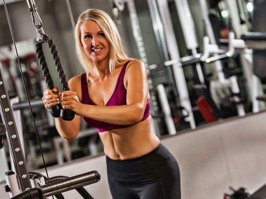 Dawn | Body Transformation | In the gym