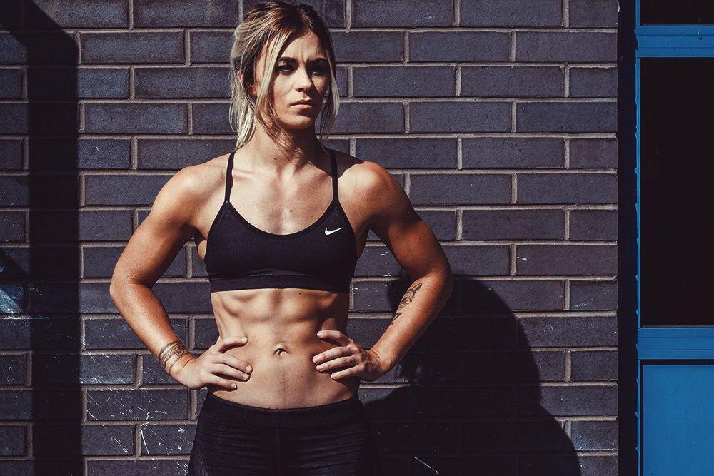Sam-in-the-gym-posing