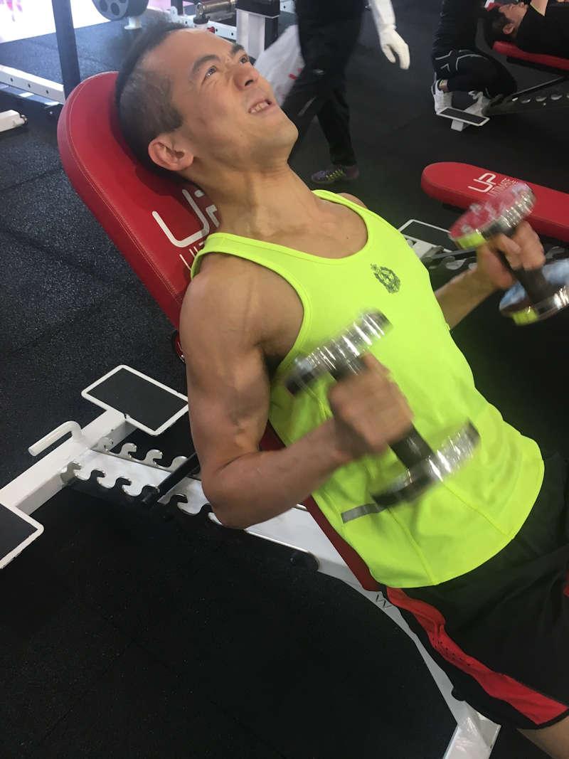 training biceps